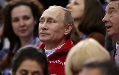 Россия выигрывает первую золотую медаль Олимпиады на глазах у Путина