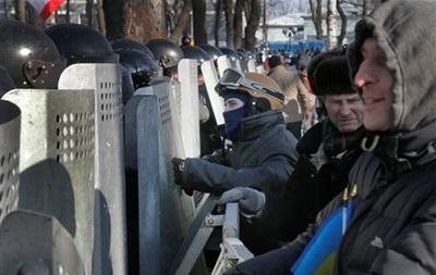 США готовы ввести санкции против  причастных к насилию  в Украине