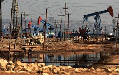 На мировых рынках стоимость нефти закрепилась на максимальных отметках