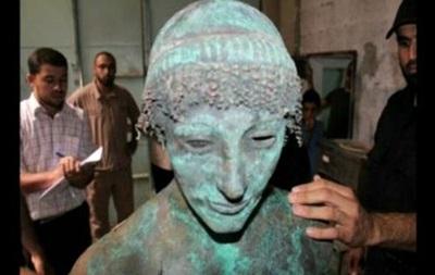 Житель сектора Газа нашел древнегреческую статую Аполлона