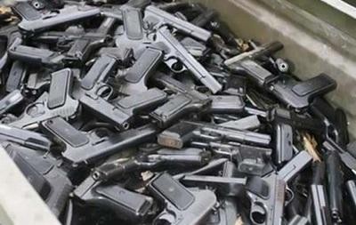 Сотрудники полиции и ФСБ раскрыли канал поставки оружия с Украины в РФ
