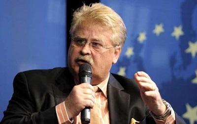 Евросоюз должен помочь Украине избежать дефолта - Брок