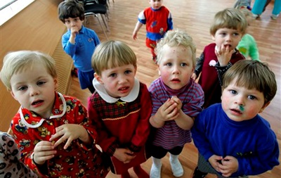 В России запретили усыновление детей в страны с однополыми браками