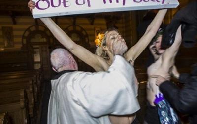 Обзор иностранных СМИ: тайны секты Femen и страх перед Путиным