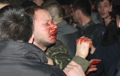 Активисты Правого сектора сорвали рок-концерт во Львове
