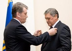 Раздача наград: Томенко обвинил Ющенко в аморальности