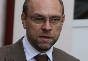 Власенко: Защита не может доверять результатам обследования Тимошенко