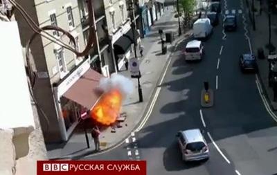Почему в Лондоне взрываются тротуары?