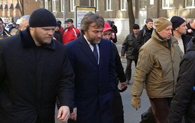 Новинский и Турчинов напрвился в центр Киева