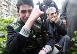 Люди умирали на улицах и в домах . Фотограф Reuters подтвердил информацию о применении химоружия в Сирии