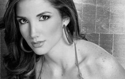 На митинге в Венесуэле застрелили королеву красоты
