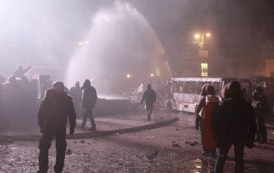 Европа запретила продавать Украине водометы