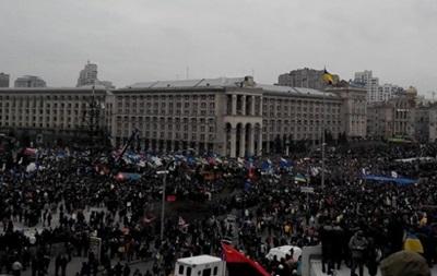 На Майдане выступают против соглашения, подписанного с властями