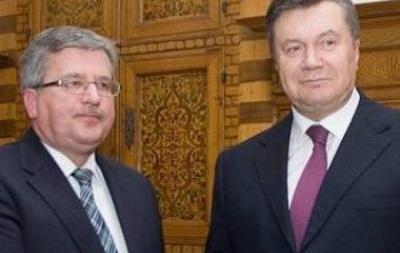 Янукович больше не представляет угрозы для Украины - Коморовский