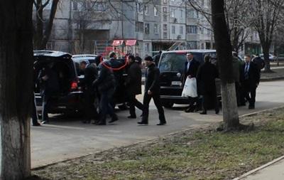 В интернет попали фото, как Добкин убегает после съезда в Харькове