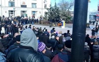 В Керчи тысяча митингующих требовала присоединения Крыма к России