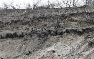 Во Львовской области произошел оползень около ж/д станции