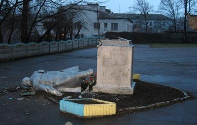 Генпрокуратура проверит законность возбуждения уголовных дел по сносу памятников Ленину