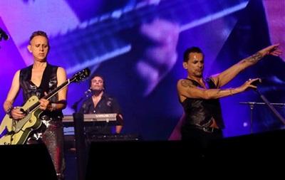 Рок-группа Depeche Mode отказалась выступать в Киеве