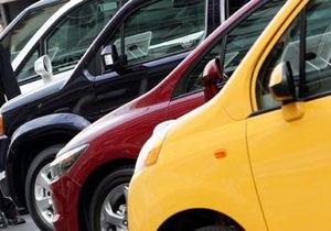 Кабмин отложил введение спецпошлин на импорт автомобилей