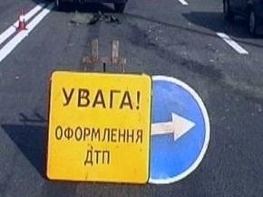В Харькове пьяный охранник СБУ врезался в припаркованную машину