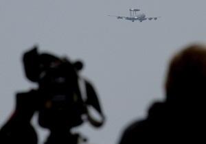 В НАТО заявили, что не бомбили месторождение в Ливии: Ответственность за обстрел несет режим Каддафи