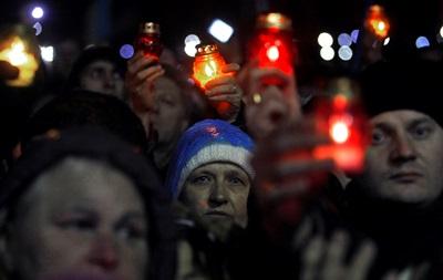 Поминальные панихиды по погибшим на Майдане