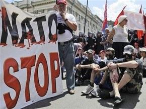 Опросы: Среди украинцев растет количество противников НАТО