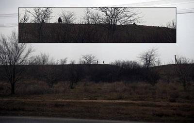 КПП на въезде в Крым полностью контролируется военными