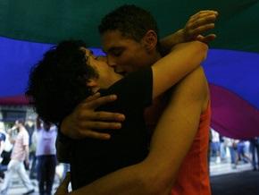 Американские гомосексуалисты проведут День без гея