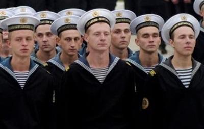 В Керчи украинские морпехи организовали концерт для поднятия боевого духа