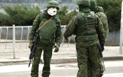 В Крыму произвели передислокацию военнослужащих без опознавательных знаков
