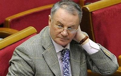 Батькивщина не рассматривает перенос президентских выборов на осень - Яворивський