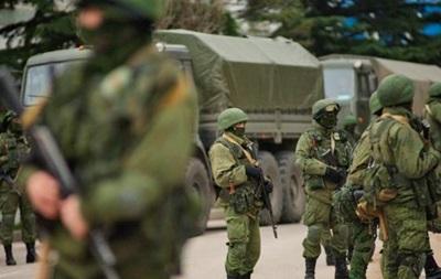 В поселке Черноморское количество российских военных возросло до 600 человек