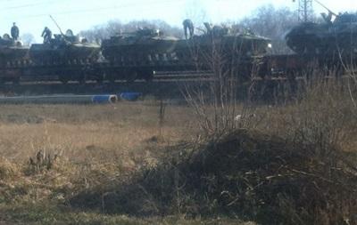 Минобороны РФ опровергает заявление о наличии 220 тысяч своих войск у границ Украины