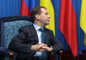 Янукович призвал Медведева ускорить процесс демаркации границ