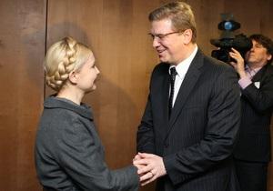 Тимошенко заявила комиссару ЕС, что Янукович  симулирует европейский выбор