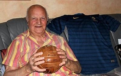 Умер легендарный вратарь сборной Франции