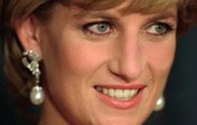 СМИ: Принцесса Диана способствовала прослушке королевской обслуги