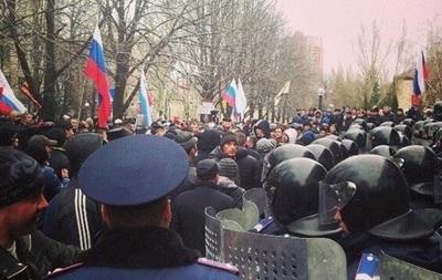 Донецкий митинг: онлайн-трансляция. Захвачено СБУ, собираются штурмовать офис Ахметова