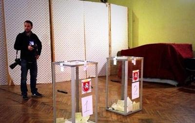 В Крыму на референдуме дают голосовать и гражданам России - СМИ