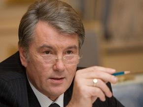 Ющенко призвал Тимошенко не превращать вакцинацию в шоу