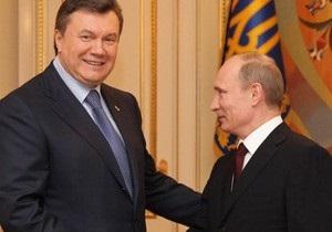 Путин и Янукович поздравили друг друга с Пасхой и обсудили планы на ближайшее время