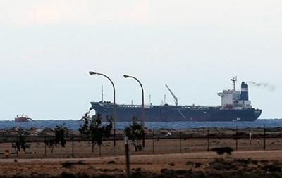 Американский спецназ захватил бежавший из Ливии танкер
