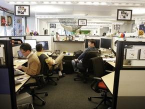 Корреспондент: Кризис заставил действовать отечественные профсоюзы