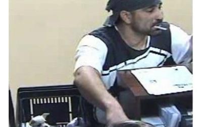 Американец пошел на ограбление банка в компании чихуахуа