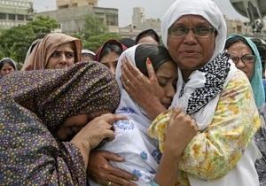 Столкновения в пакистанском мегаполисе: 740 погибших за пять месяцев, власти бессильны