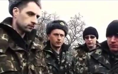 Призванных на военные сборы украинцев не выпускают из части
