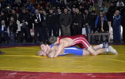 Борцам Крыма и Севастополя разрешили выступать на чемпионате России