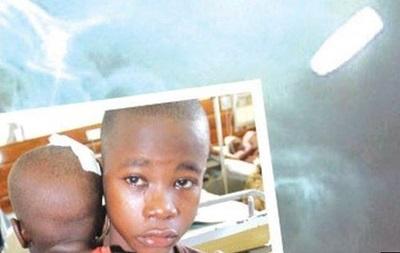 Кения: врачи извлекают из головы младенца пулю, убившую его мать